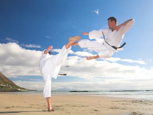 martial-arts-beach_97223-1600x1200