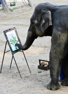 bigstock-Elephant-Artist-Painting-42048451